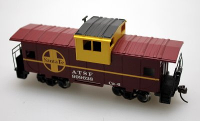 Wide Vision Caboose - ATSF, Brown (HO Scale)