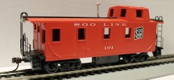 Off Center Caboose - Soo Line (HO Scale)