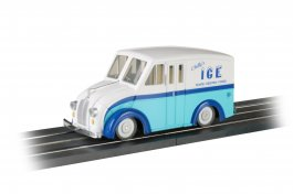 E-Z Street® Delivery Van - Chilly's Ice