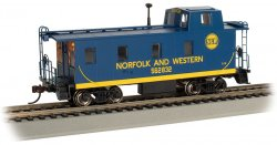 Streamlined Caboose with Offset Cupola - Norfolk Western #562832