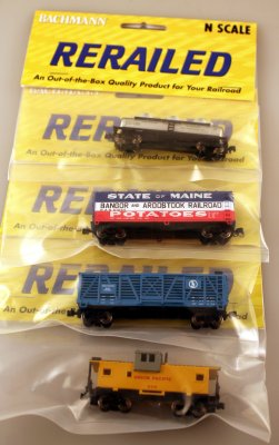 Rolling Stock Set of 4 - Assorted (N scale)