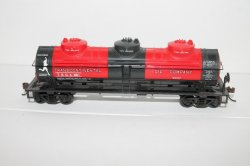 Tank Car- 3 Dome, Transcontinental ( HO Scale )