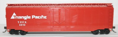 Plug Door - Triangle Pacific ( HO Scale )
