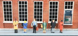 Standing Office Workers - HO Scale