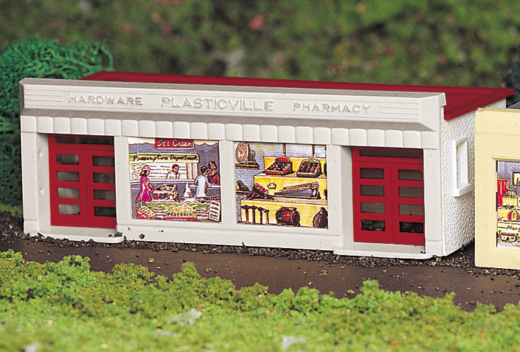 Hardware Store - White and Red (HO Scale)