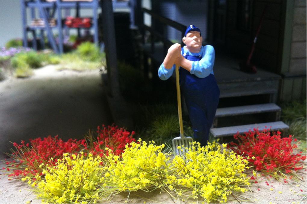 "Bachmann 31045 Grass Tufts SceneScapes 3/8"" Tall Fibers Pkg 50"
