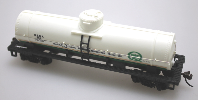 Tank Car - Single Dome, Quaker State (HO Scale)