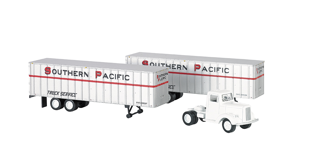 Southern Pacific® - White Truck Cab & 2 Piggyback Trailers (HO)