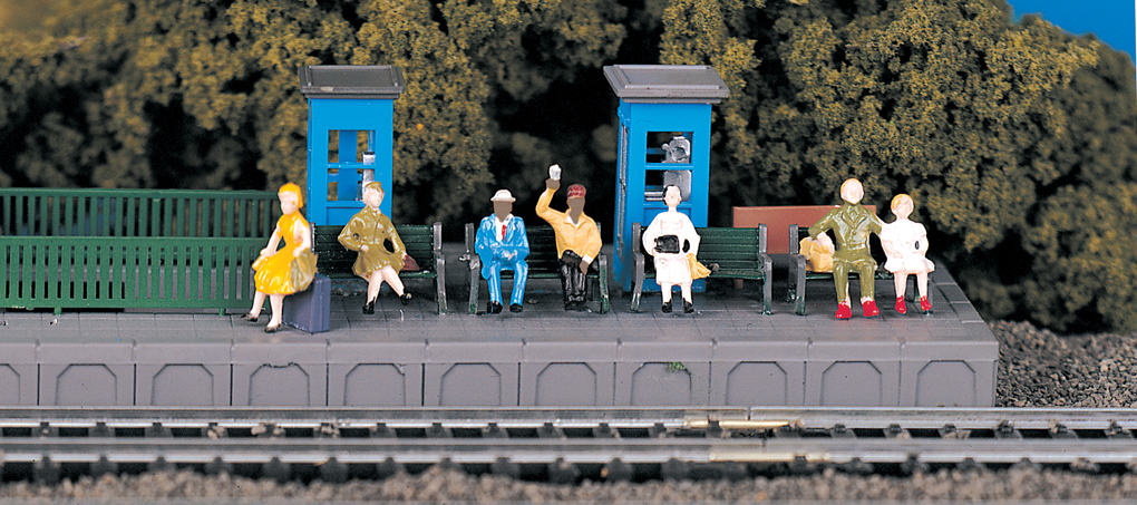 Sitting Passengers (HO Scale)
