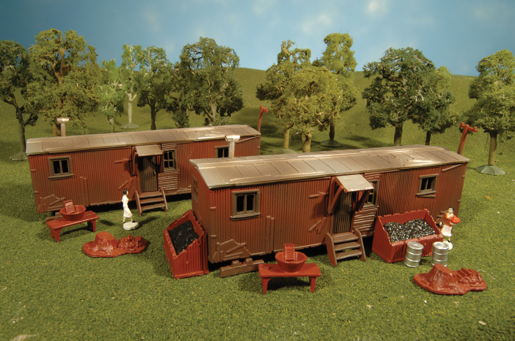 Railroad Work Sheds (two per box) (HO Scale)