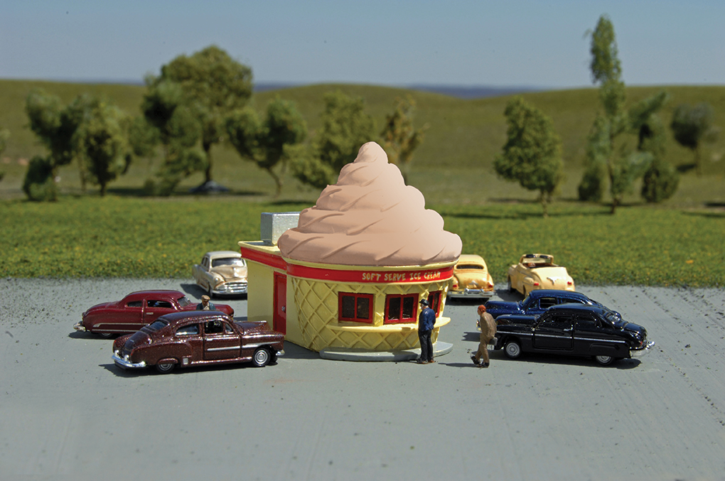 Ice Cream Stand - Chocolate Roadside U.S.A® Building (N)