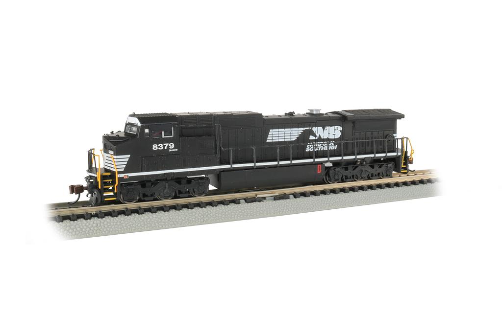 Bachmann 67354 N Dash 8-40CW w/DCC & Sound Norfolk Southern #8379 160-67354