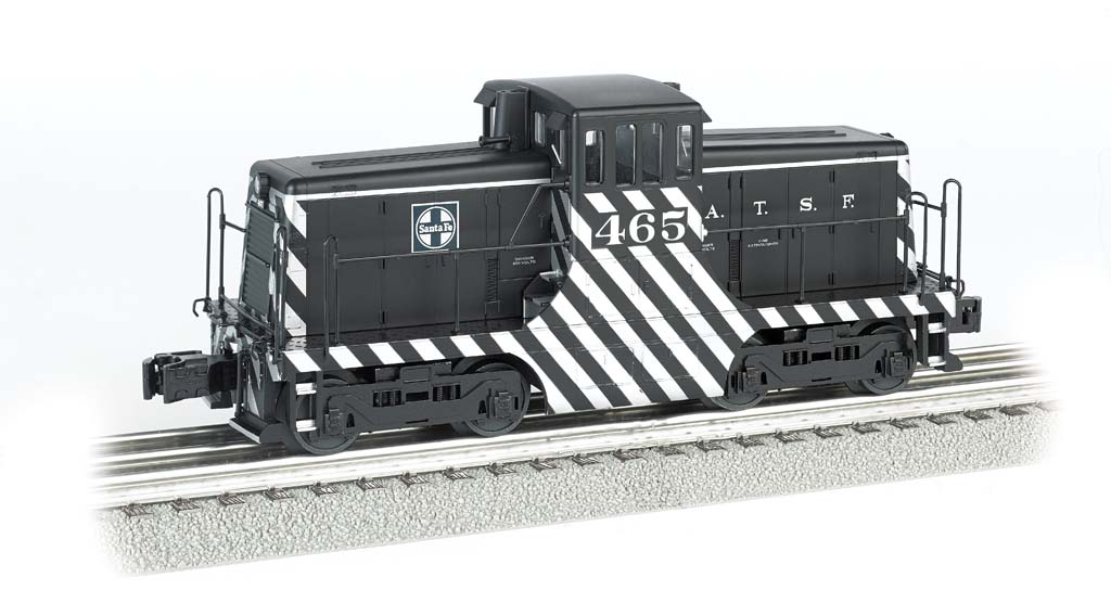 Santa Fe #465 (black & silver) - Scale 44 Ton Switcher